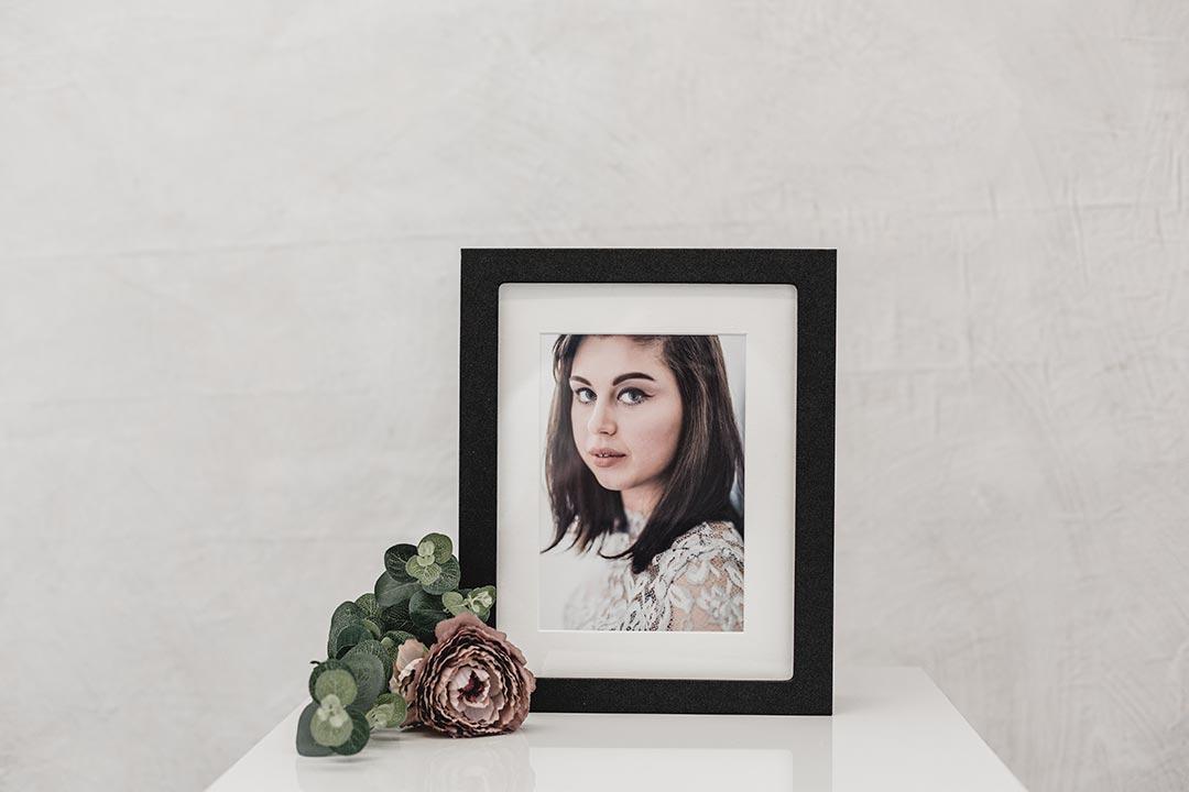 showcase your images in an elegant kepsake box on your shelf