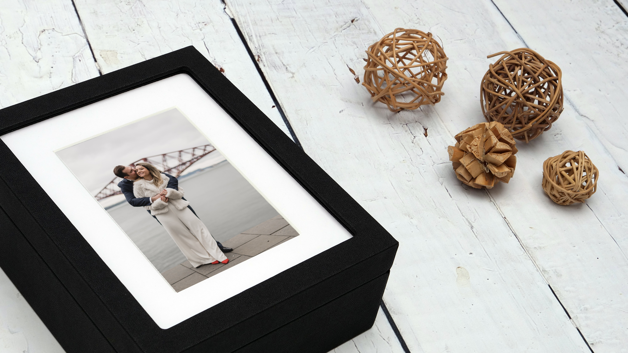 beautiful black picture box for photography prints